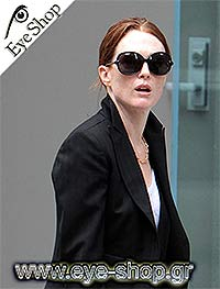 d85264e4f917 Julianne Moore wearing Tom Ford sunglasses