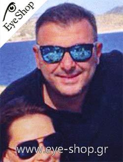 Ο Αντώνης Ρέμος ς με γυαλιά ηλίου  eyeshopgrcelebrities. Το μοντέλο Γιώργος  Μπαβέλης με γυαλιά ηλίου Artwood Milano  eyeshopgrcelebrities model Bambooline  2 ... f250eb65808