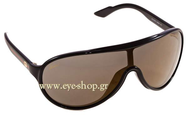 Gucci-modelwearing sunglasses Gucci3514