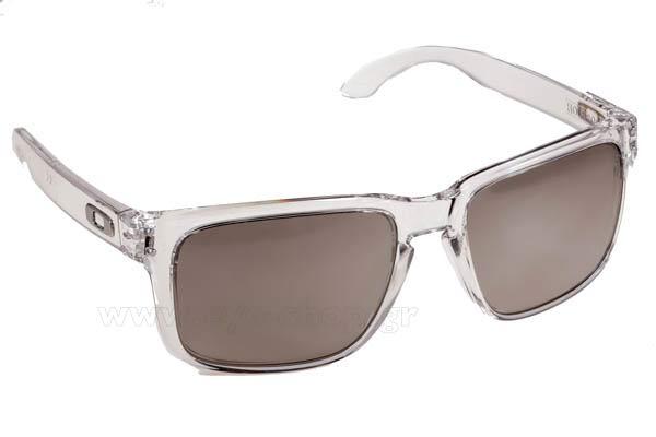 5dea00e149 antonio-banderas-wearing-sunglasses-oakley-holbrook-9102.html ...