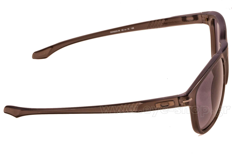 68a84d8cdf6 shaun-white-wearing-sunglasses-oakley-enduro-9223.html wearing ...