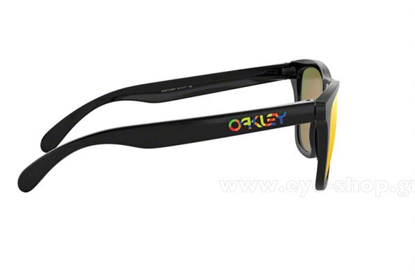 Oakley model Frogskins 9013 color E6 Valentino Rossi